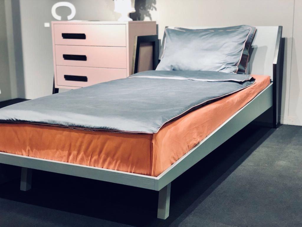 SPOKE pusaudžu gulta